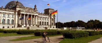 Private Berlin Bike Tour: Discover Berlin History & Highlights