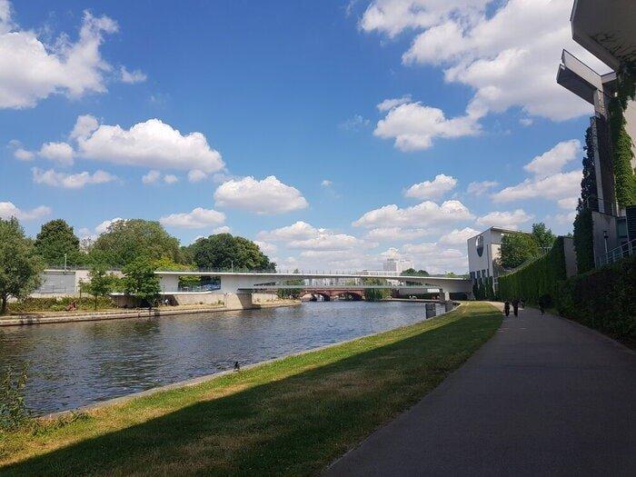 berlins_best_aprks_guide_spree_berlin
